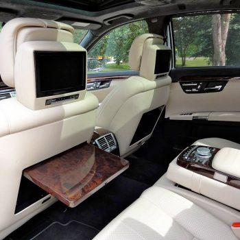 Mercedes Benz S-Class automobilio salonas